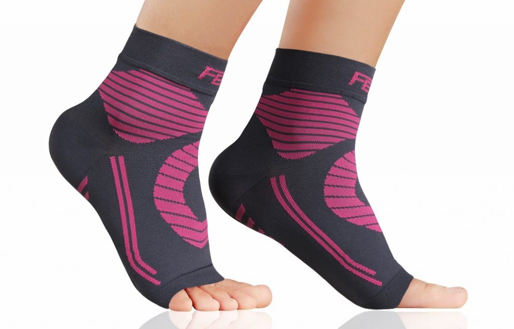 10 Best Plantar Fasciitis Socks 2019 - Say Bye To Foot Pain 4